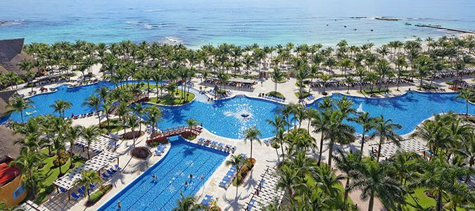 Barcelo Maya Colonial and Tropial Pools